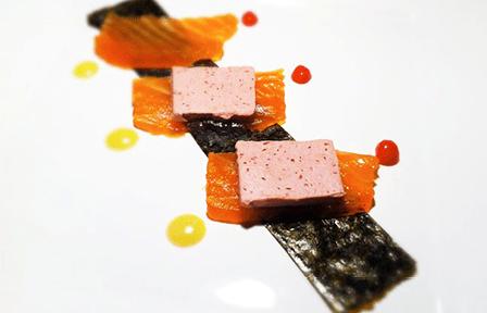 Salmone marinato con patè di foie gras