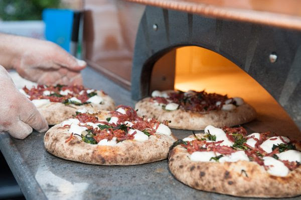vinoforum_pizza