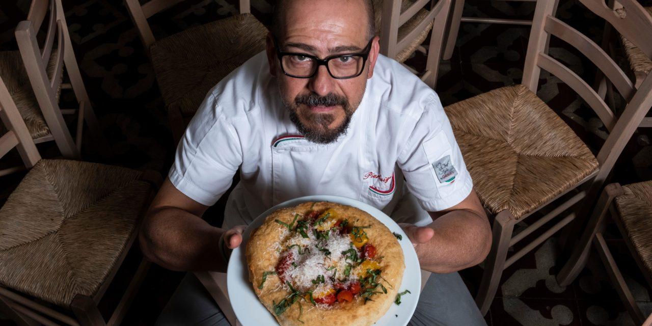 Police, lo Scugnizzo che ha portato la pizza ad Arezzo