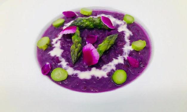 Risotto lilla agli asparagi by Nicoletta Matrone