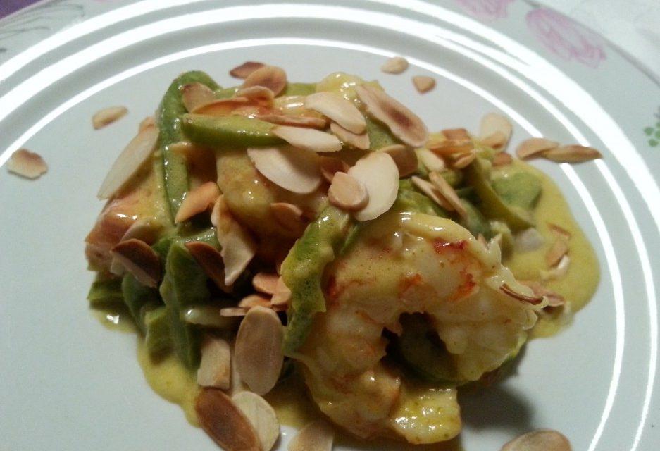 Ricetta – Salmone selvaggio, gamberi, curry e latte di cocco By Daniela Petrone