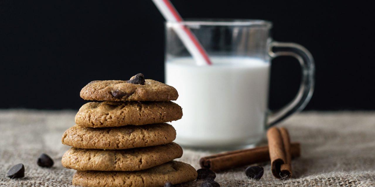 Biscotti con gocce di cioccolato senza glutine