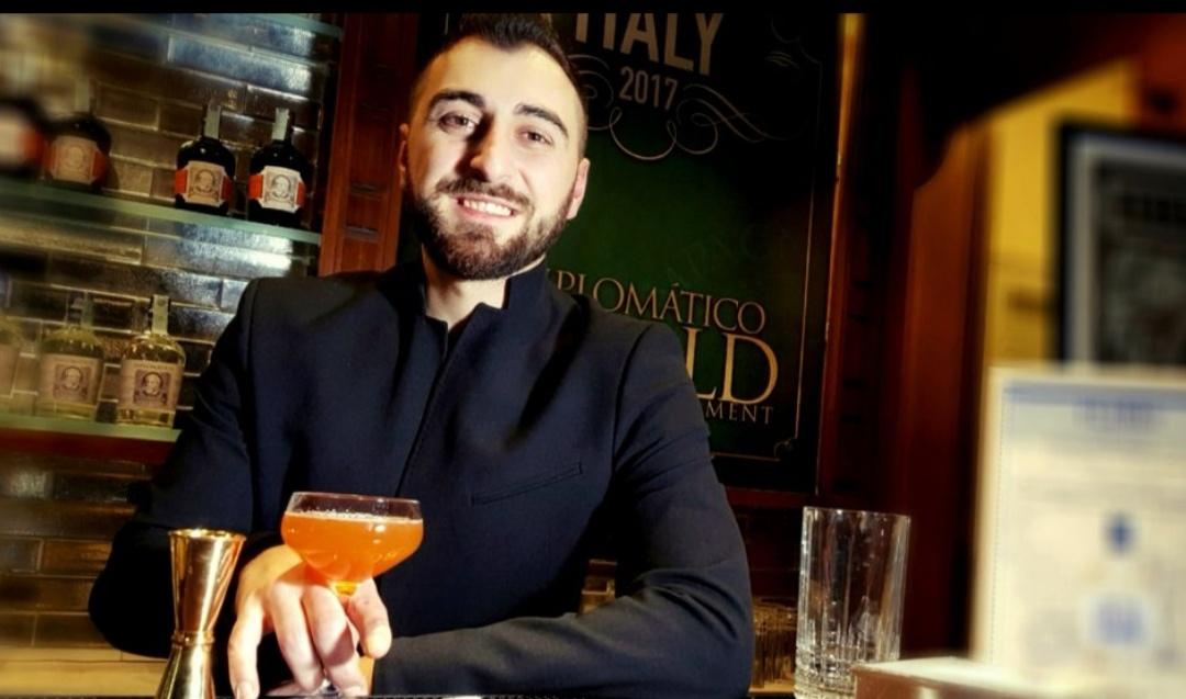 Francesco De Nicola: nel bar tutto è creatività