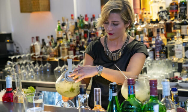 Solomiya Grytsyshyn, bartender al Chorus Cafè di Roma