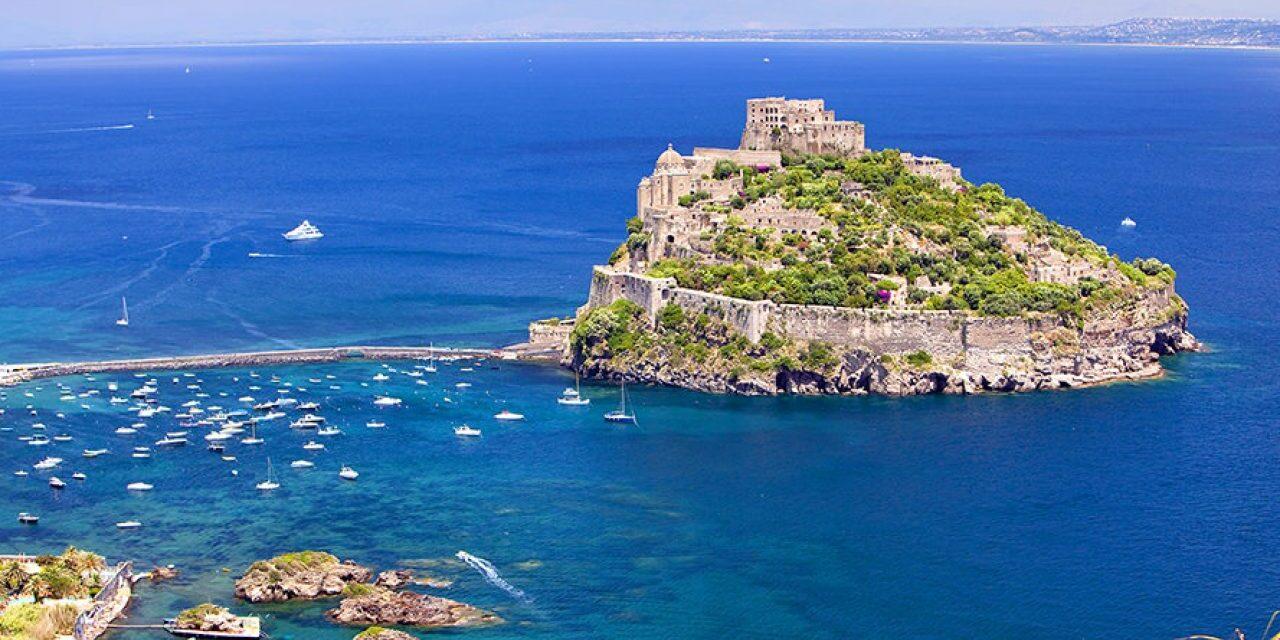 Lo storico Bar Calise di Ischia salvato dal Gruppo Raccioppoli e Mauro Distribuzione (Espresso Napoletano)