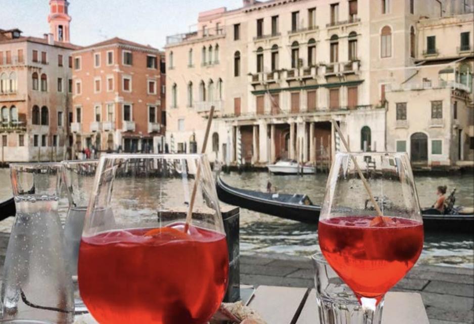 """""""Venezia da Bere"""", il tour della Laguna in 25 cocktail"""